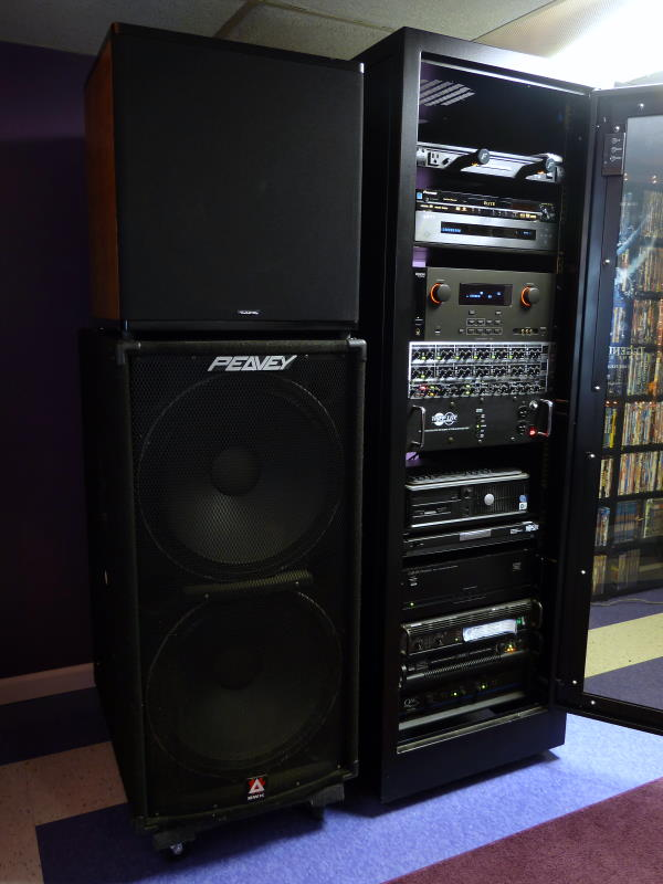 Pro amps officially better than consumer amps! - Page 16